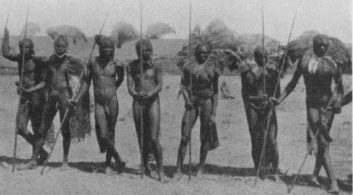 Ett gäng masaikrigare, ungefär 1930