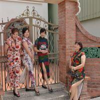 セクシーチャイナドレスの美女軍団との出会い~引き続き台南「安平老街」の路地裏から!!