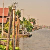 「クレット島(Ko Kret)」~チャオプラ川に浮かぶ島を平日だったが、自転車を借りてぐるっと一周!!