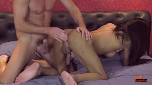 LadyBoyPlay presents Donut in Donuts Hole