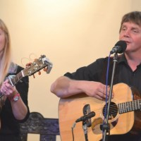 PHOTO & VIDEO: FOLK-DUO PERMILLE AND STEPHEN QUIGG SHARE THE STAGE, MUSIC AND LIFE [w. LIVE-PERFORMANCE]