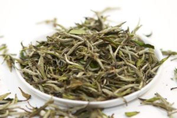 baltoji-arbata