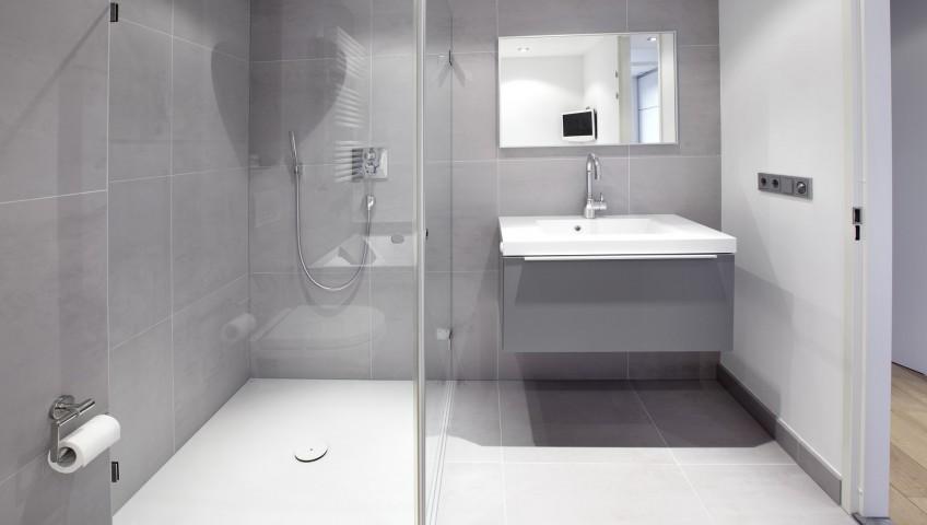 comment changer une baignoire par un plateau de douche