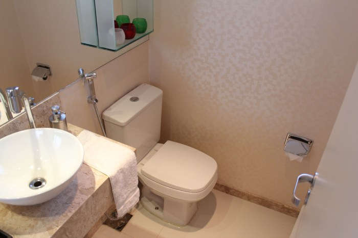 ilumine o lavabo Papel de Parede Branco
