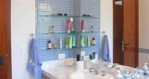 Prateleiras para banheiros pequenos - Dicas importantes
