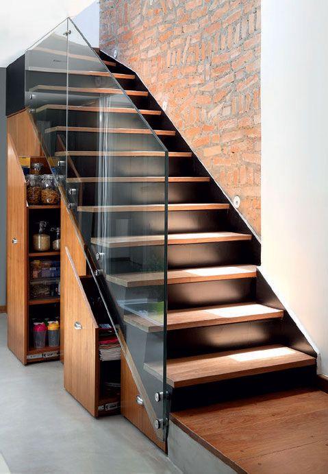 escada interna reta