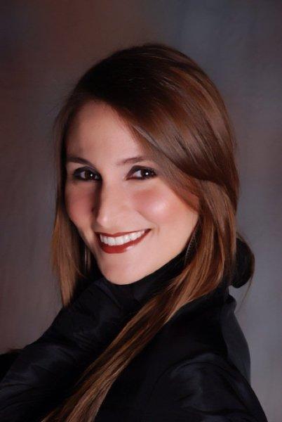 Cristina Sabroso Ph.D., LMFT, CCS