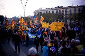 Vollem Acollir: Protest in Barcelona in support of refugees