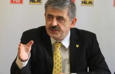 """Uioreanu îl ia la rost pe Boc: """"Domnul primar Emil Boc a uitat ce a semnat premierul Emil Boc"""""""