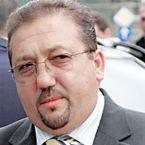 Florian Walter vrea toate acţiunile Universităţii Cluj,   a făcut o ofertă de 5.000 de euro primăriei pentru pachetul deţinut de municipalitate