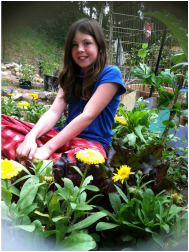 How-to-Raise-an-Earth-Conscious-Child-Sit-Still-in-Nature