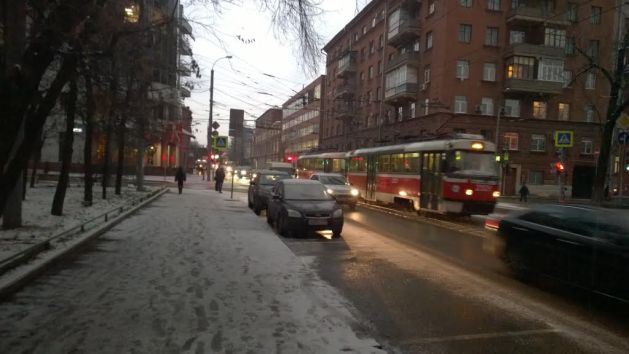 Wordless Wednesday: Snow covered street in Moscow
