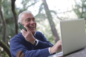 man with cellphone telehealth