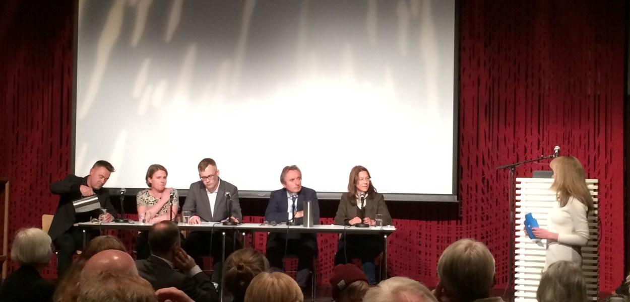 Fra venstre Einar Øverenget, Hege Ulstein, Odin Lysaker, Helge Simonnes og Anine Kierulf. Foto: Terje Karlsen.