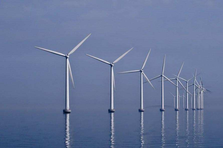 Offshore vindfarm ved Middelgrunden utenfor København.