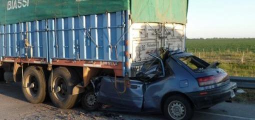 Choque fatal en Autopista Rosario - Córdoba altura Amstrong (Foto: Telam)
