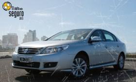 Renault Latitude, el auto más seguro del 2013 en la categoría grande, según CESVI