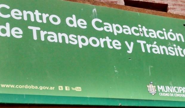 Cartel Centro de Capacitacion de Transporte y Transito