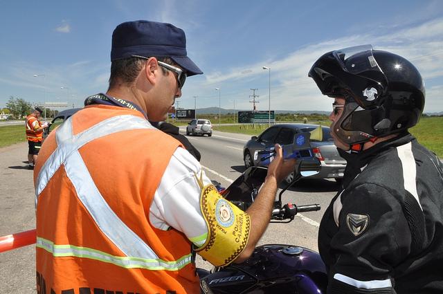 Control Policia Caminera alcoholemia moto