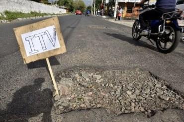 baches bacheo mestre municipalidad de córdoba llaryora itv aumento