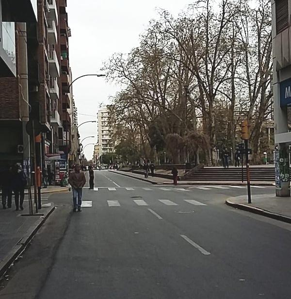 Calle 27 de Abril - 4