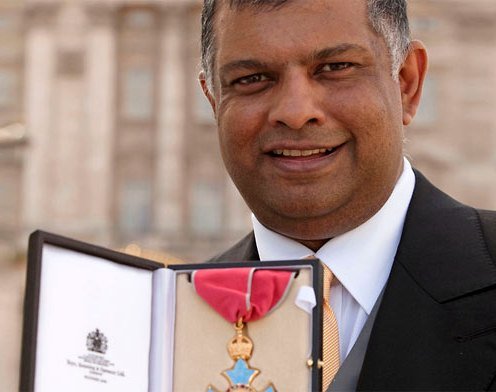 Tony Fernandes receives CBE from the Queen