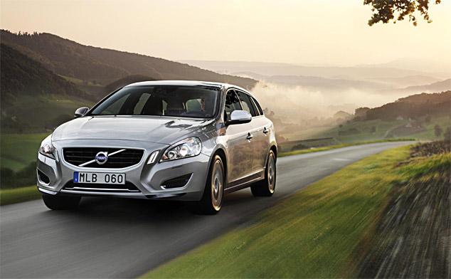 Volvo's new £50,000 V60 Plug-in Hybrid (w/VIDEO)