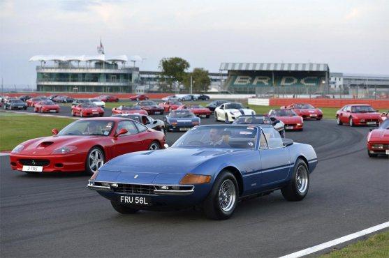 Ferrari-record-parade-G26