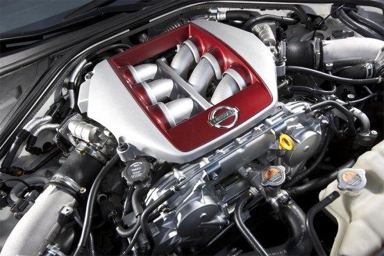 2013-Nissan-GT-R-G9