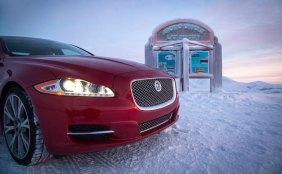 Jaguar-XJ-Arctic-Circle_G0
