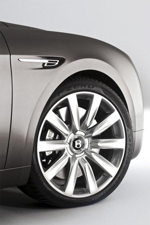 Bentley-Flying-Spur-2013_G11