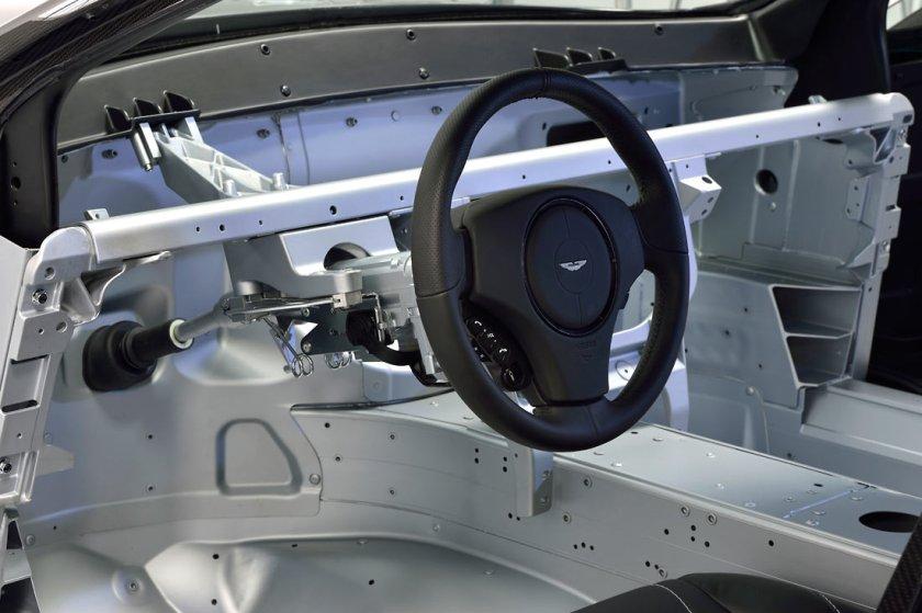 Aston-Martin-Vanquish-VH_G5