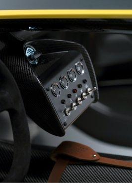 Aston-Martin-CC100-Speedster-Concept_ASM00257