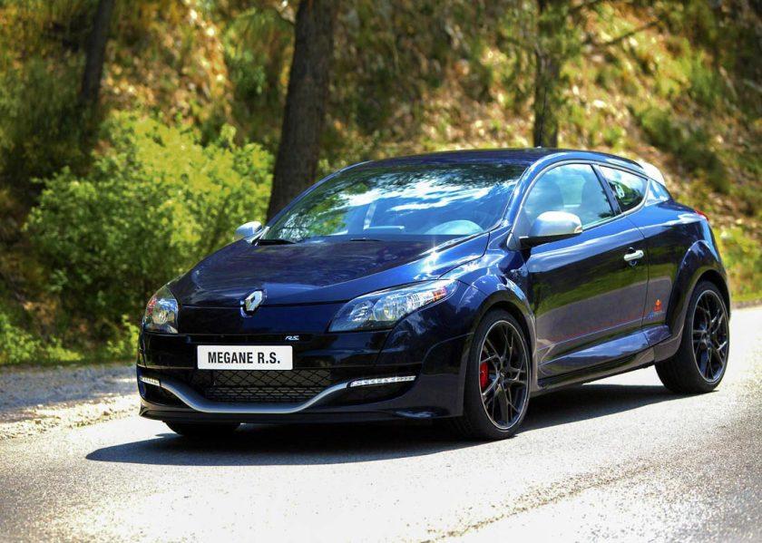 Renaultsport-Megane-RedBullRacing-RB8_G5