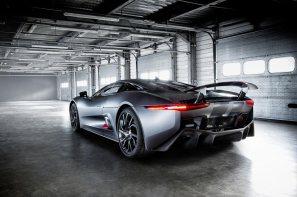 Jaguar-C-X75-video_G12