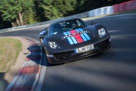 Porsche-918-Spyder-Nurburgring-record_G1