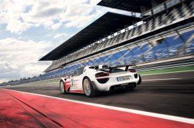 Porsche-918-Spyder-Nurburgring-record_G11