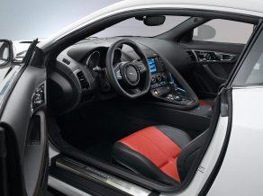 Jaguar-F-TYPE-Coupe-Final_G7