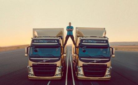 Volvo-Jean-Claude-Van-Damme_G0