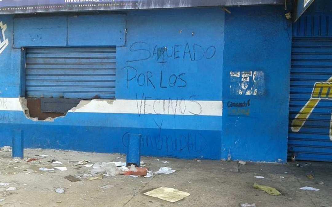 Saqueos destruyen el 80 por ciento del  sector comercio en la capital del estado Bolívar