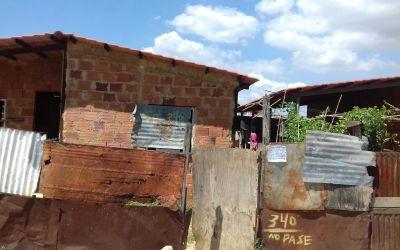 Misión Vivienda dejó inconclusas más de 15 casas en La Mirandina