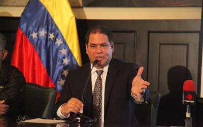 """Luis Florido;""""Para que Venezuela se retire de la OEA, hay que reformar la Constitución"""""""