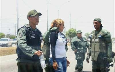 Funcionarios de la GNB retuvieron a la diputada Yanet Fermin