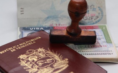 Autoridades del SAIME anulan pasaporte del diputado Carlos Berrizbeitia