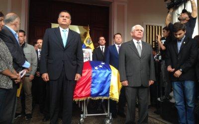 Asamblea Nacional rindió honores al concejal Fernando Albán