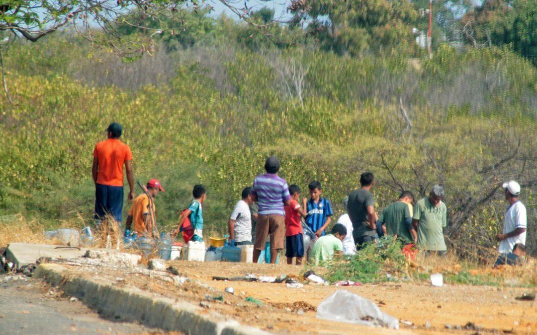 Correr tras el agua no es una metáfora en Maracaibo
