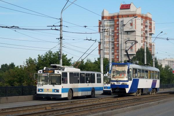 Фото: Барнаул, Tatra TB4D КВР Барнаул № 1296; Барнаул, ЗиУ ...