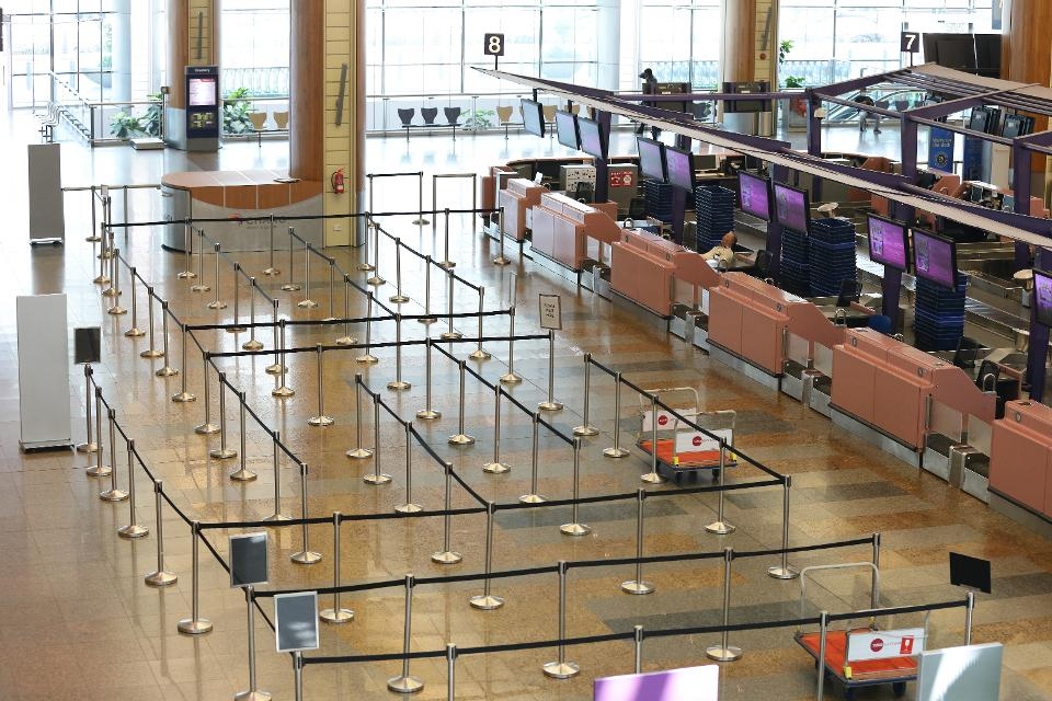 COVID-19: Singapore suspends airport terminal construction