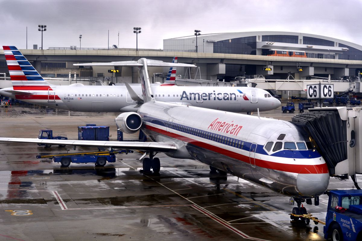 American Airlines to furlough 25,000 workers