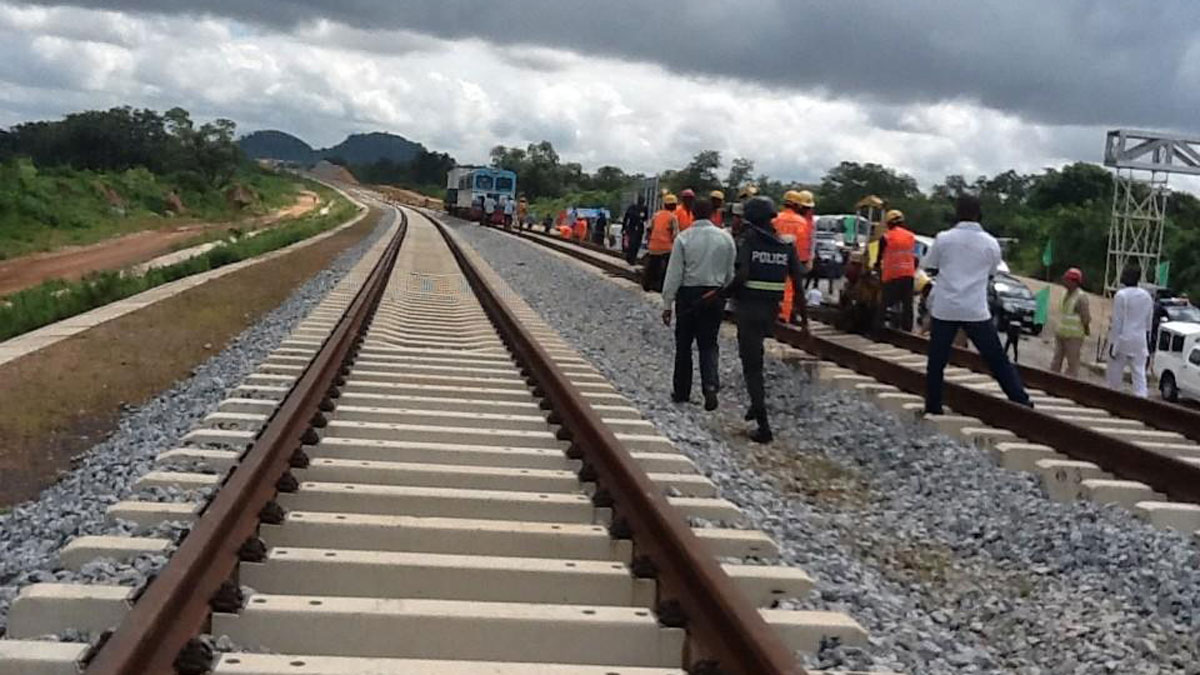 Construction of Eastern Rail line to begin by December- FG